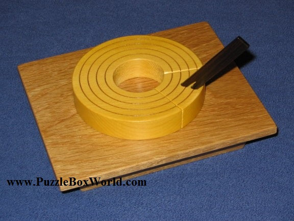 products/baumkuchen_japanese_puzzle_box_by_akio_kamei.jpg