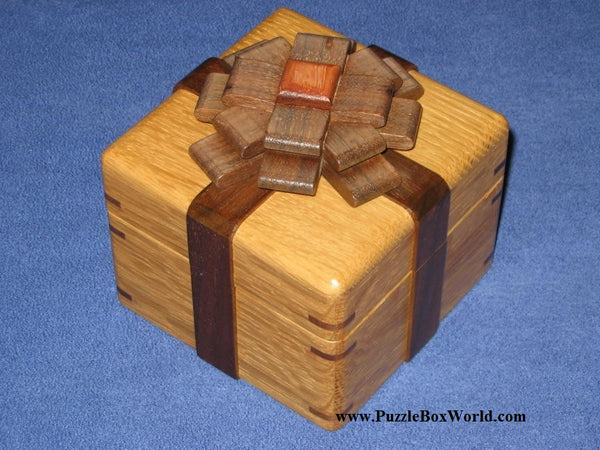 Box with a Ribbon by Akio Kamei