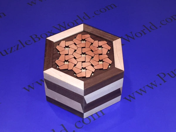 Edelweiss Puzzle Box by Robert Yarger (Stickman Puzzles)