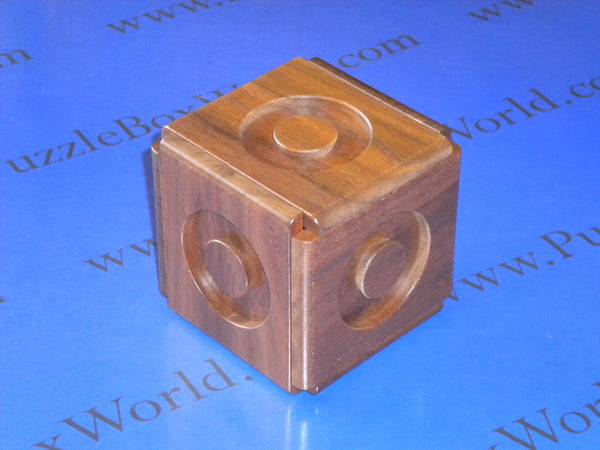 Expansion V Japanese Puzzle Box by Akio Kamei