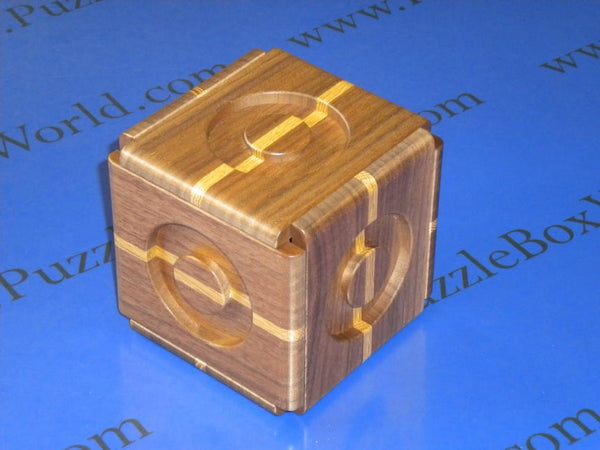 Expansion VI Japanese Puzzle Box by Akio Kamei