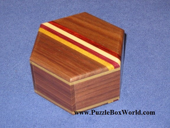 products/hexagon_japanese_puzzle_box_by_oka.jpg