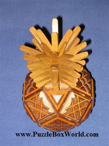 products/hiroshi_iwahara_pineapple_japanese_secret_puzzle_box2.jpg