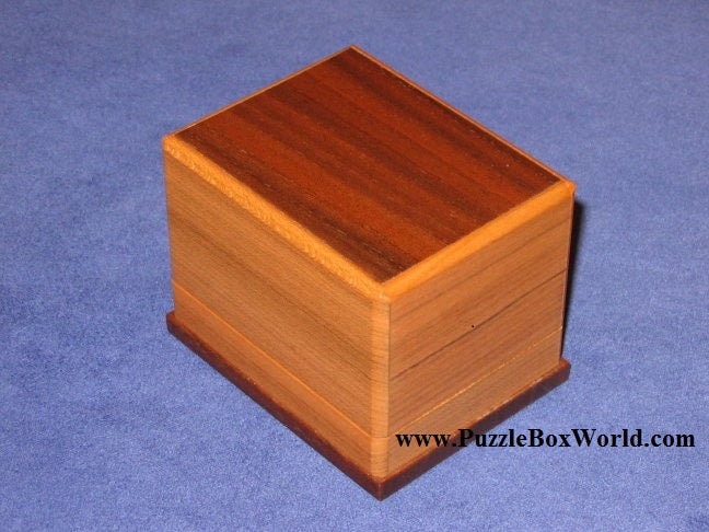 products/hoop_japanese_puzzle_box_by_shiro_tajima.jpg