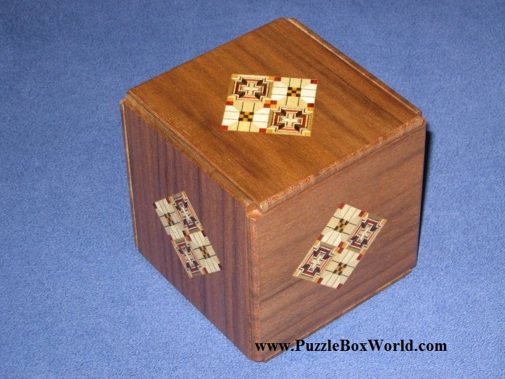 products/kamei_secret_series_3_japanese_puzzle_box_1.jpg