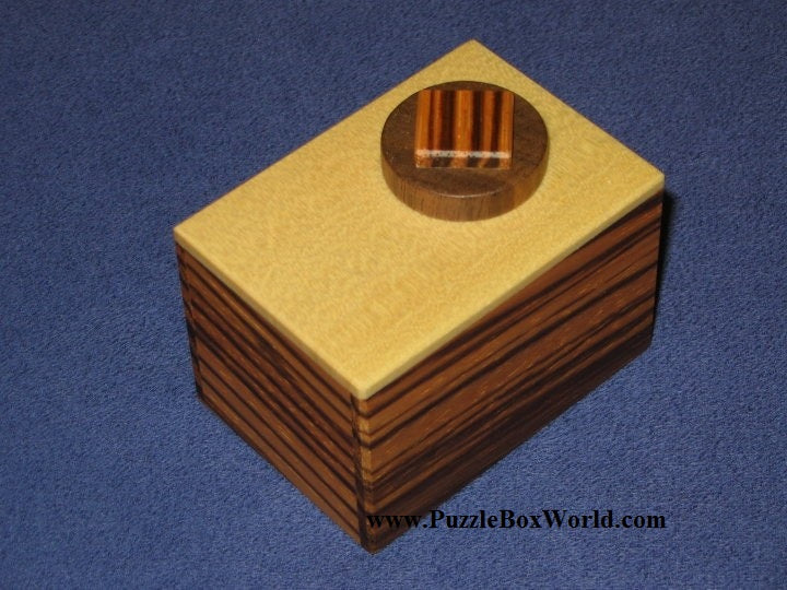 products/karakuri_marble_cake_japanese_puzzle_box.jpg