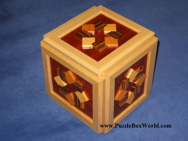 King Cubi Japanese Puzzle Box 1
