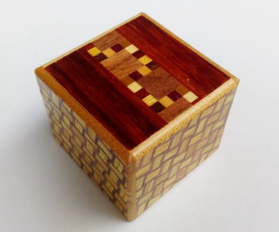 products/kobako_7_step_japanese_puzzle_box_c_1.jpg