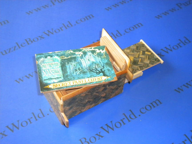 products/large_rare_vintage_disney_secret_panel_box3.jpg