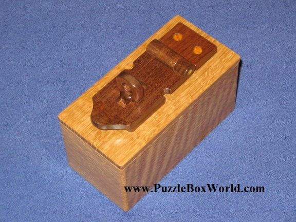 products/latch_japanese_puzzle_box_by_tatsuo_miyamoto.jpg