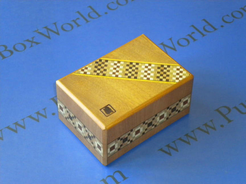 products/ninomiya_7_step_japanese_puzzle_box_2.jpg