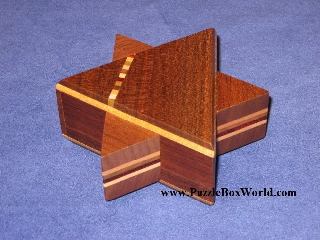 products/secret_star_japanese_puzzle_box_by_hiroyuki_oka.jpg
