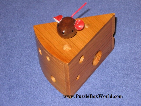Cheese de chu Japanese Puzzle Box by Shiro Tajima
