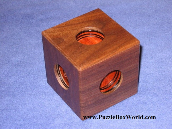 Spring Box Japanese Puzzle by Akio Kamei