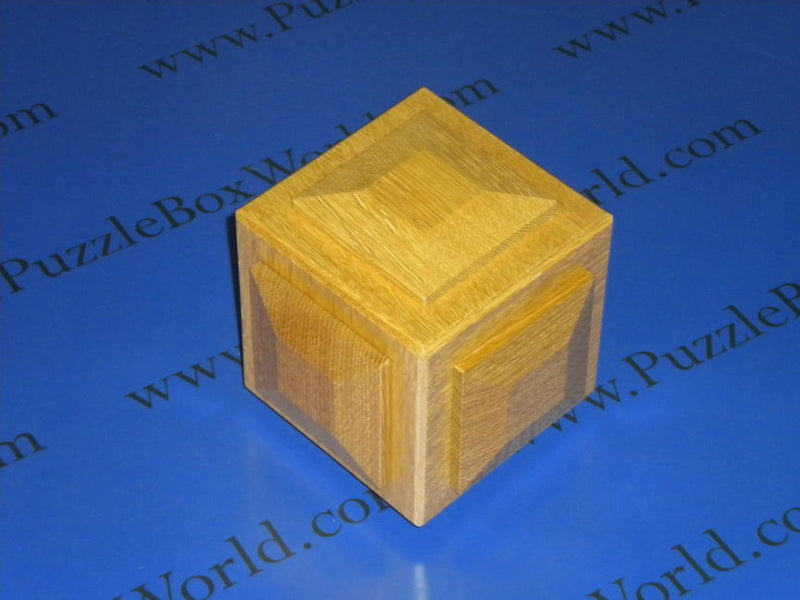 products/tortuous_puzzle_box_by_akio_kamei.jpg