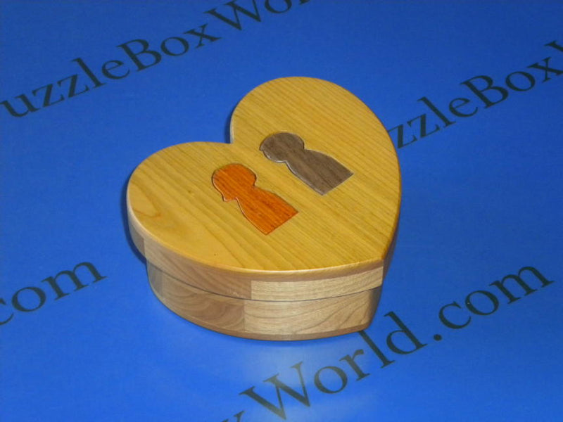 products/valentines_day_puzzle_box_by_miyamoto1.jpg