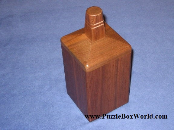 products/whiskey_bottle_japanese_puzzle_box_by_akio_kamei.jpg