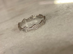 WAVED DIAMOND BAND