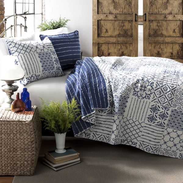 White & Blue Pattern Kantha Coverlet Set