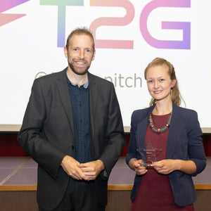 Plastic-free toys and gifts for kids: how our vision won the Fast Track to Growth Award 2019