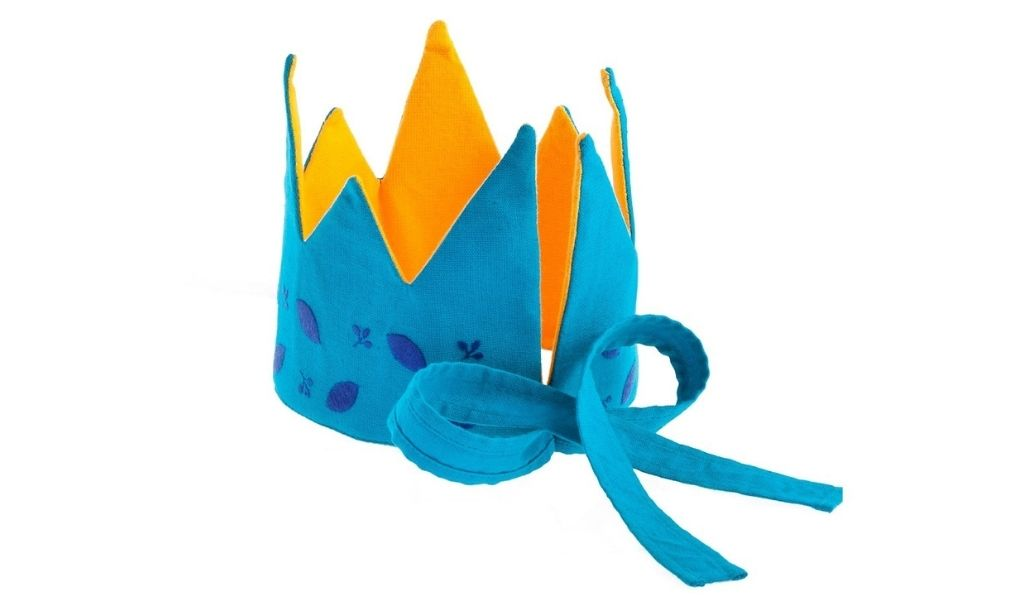 Best Eco Gifts 2021 - Cotton Reversible Crown - Fair Trade - Eco Gifts for Kids-min