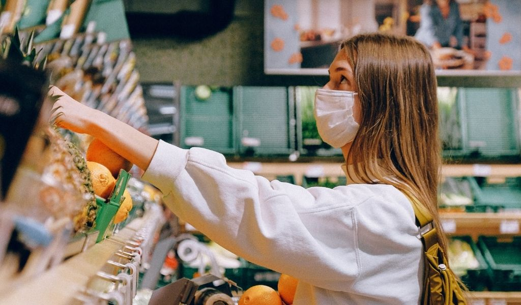 How to Shop Sustainably - choose sustainable products carefully