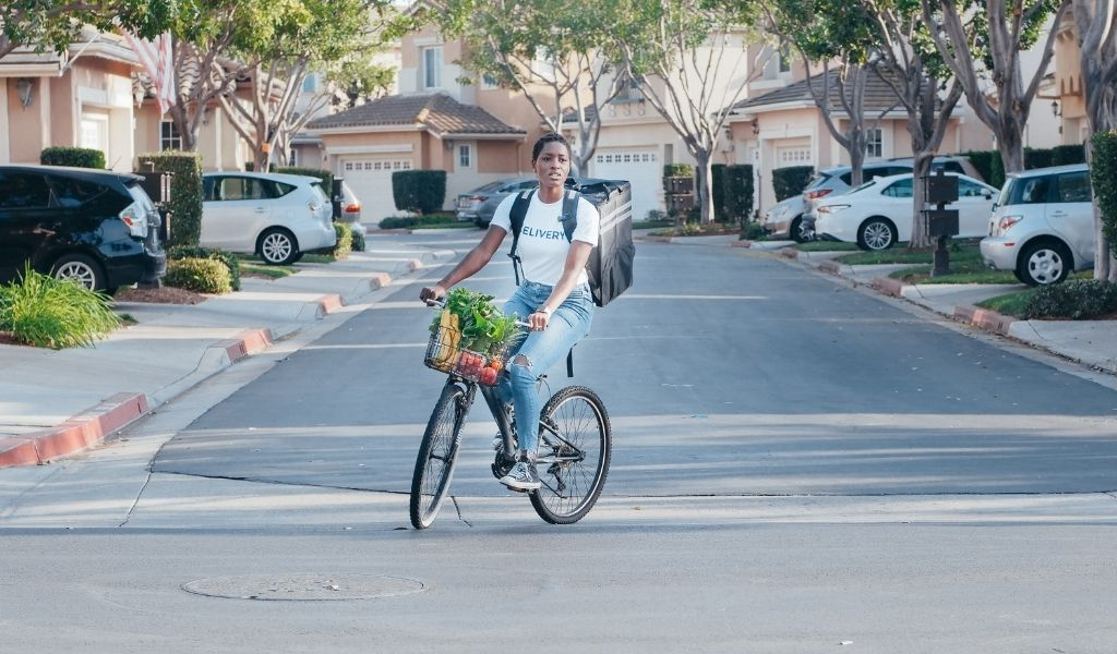 How to Shop Sustainably - delivery