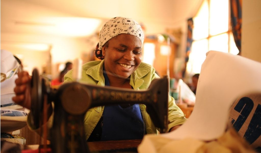How to Shop Sustainably - who made it - Neema Crafts