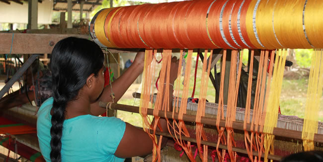 Making fair trade products - Weaving Hope