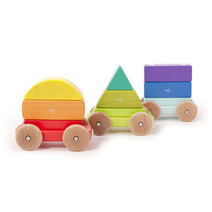 Wooden train with magnetic carriages from Tegu