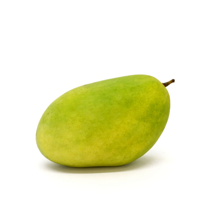 Green Mango - 1 kg (Approx 3-4 pcs.)