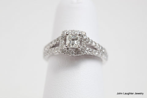 .88 Carat Diamond Halo Engagment ring in Princess Cut