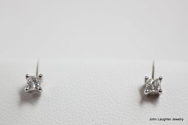 Diamond Stud Earrings 1 Carat Princess Cut