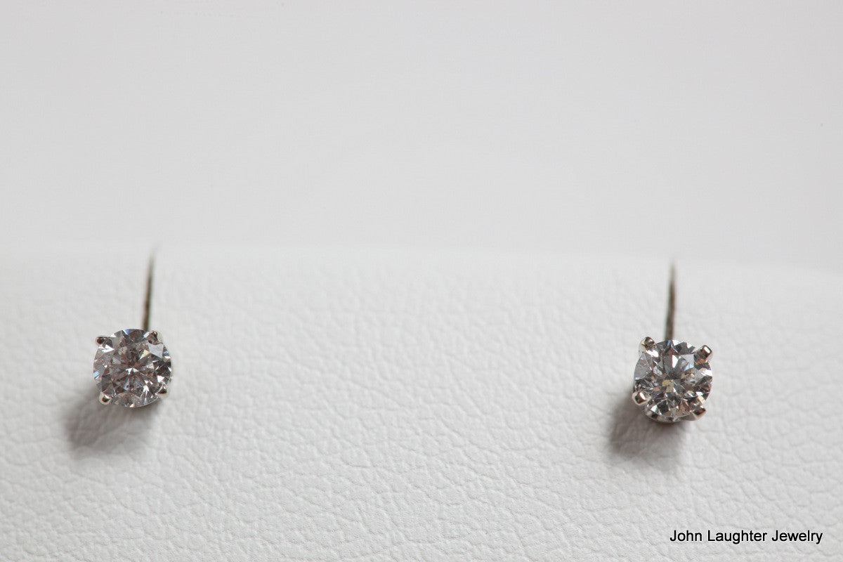 Diamond Stud Earrings 1/4 Carat
