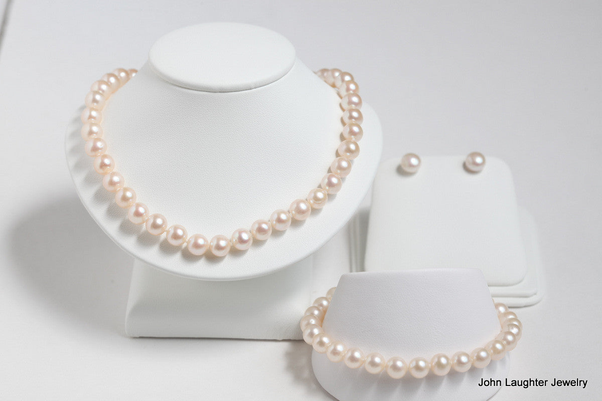 Pearl Necklace, Bracelet and Earring Set