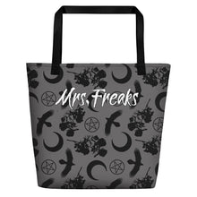 Load image into Gallery viewer, RAVENS, ROSES, PENTACLE WITCH BAG - Mrs Freaks
