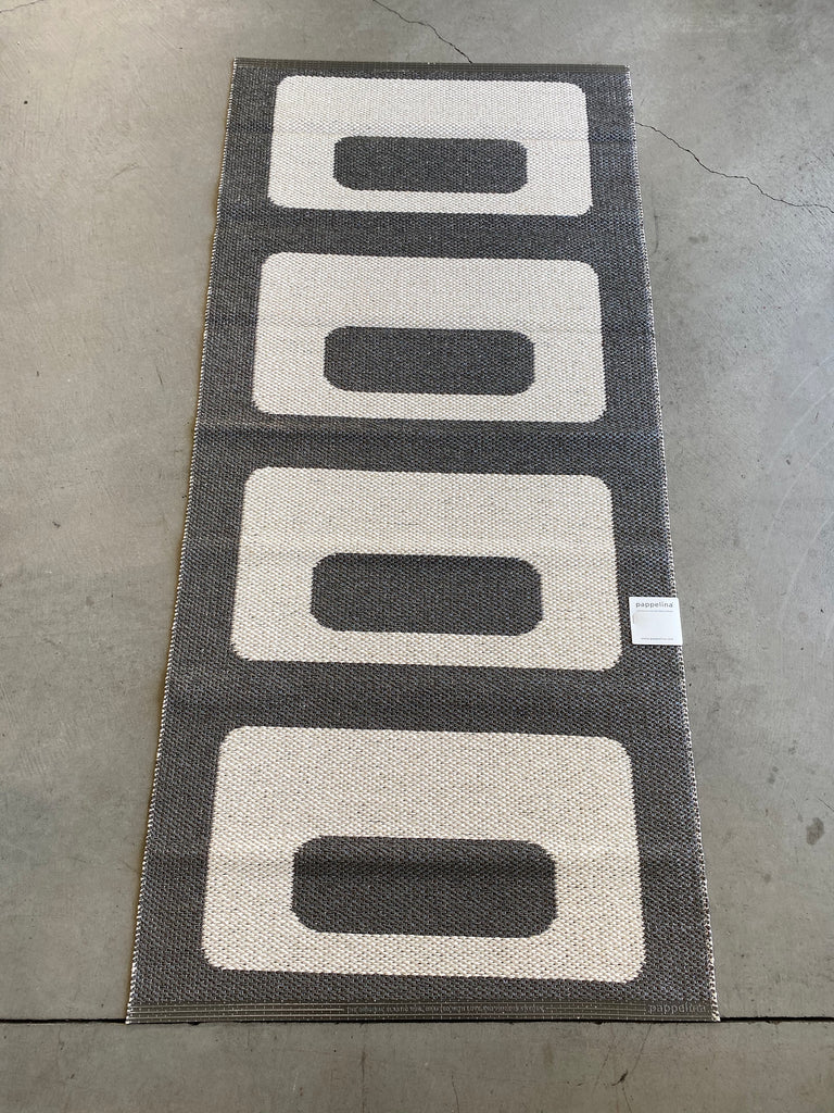 Owen Rug - Charcoal - Pelago Palm Springs EXCLUSIVE