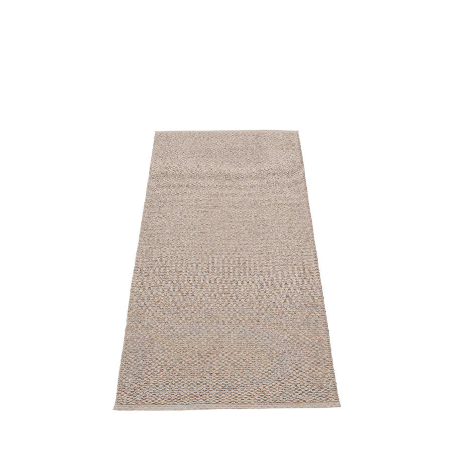 Svea Rug - Mud Metallic/Mud