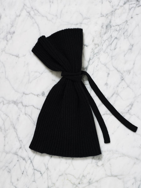 Knotted Cashmere Beanie (Black)