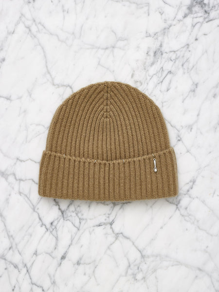 Cashmere Beanie with Piercing (Brown Sugar)
