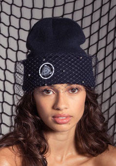 MESH BOW BEANIE WITH CRYSTALS (BLACK)