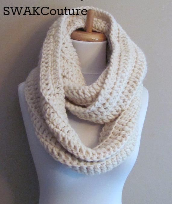 Eternity Scarf Infinity scarf Chunky Scarf Handmade Scarf Wool Scarf Unisex Scarf Fashion Scarf Custom scarves Affordable Scarves Scarves for men Knit Scarf Crochet Scarf Snood
