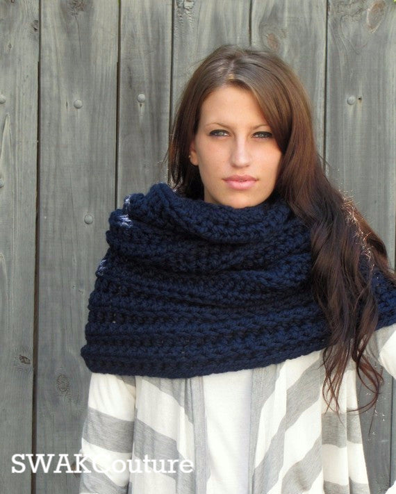 Chunky Cowl Scarf Hooded Scarf Wool Scarf Handmade Scarf Large Oversized Snood