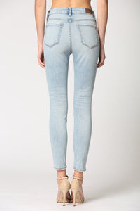 Amelia Super Light Wash Grinded Clean Hem Skinny