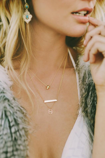 LIVE THIS MOMENT NECKLACE - SILVER