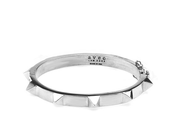 (PRE-ORDER) ALT PLAIN PYRAMID STUD BANGLE