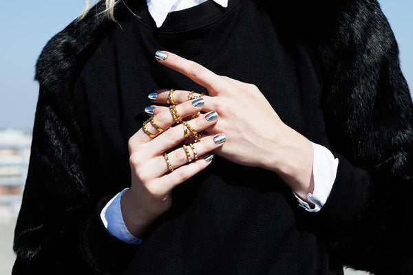 The T-Bar Punk Stud Ring - Gold