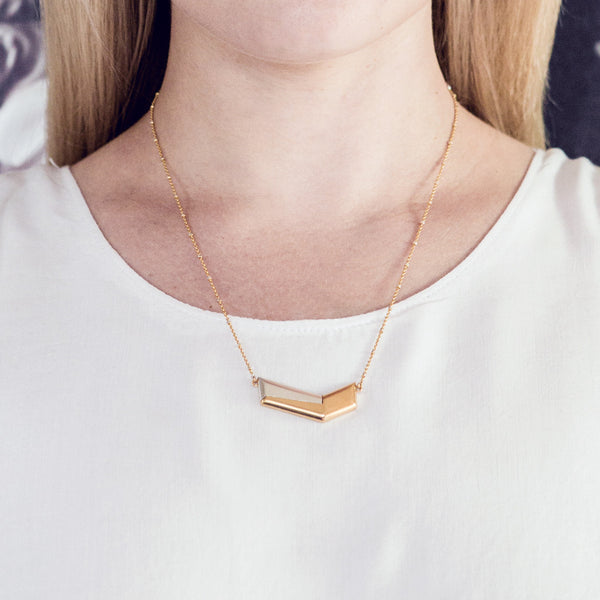 (PRE-ORDER) Chevie Necklace - Gold