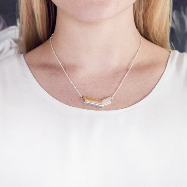 (PRE-ORDER) Chevie Necklace - Silver