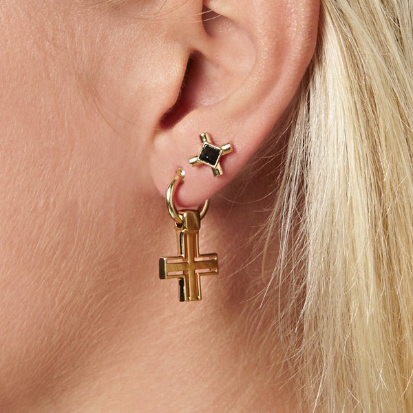 (PRE-ORDER) NANCY STUD EARRING WITH ONYX - YELLOW GOLD